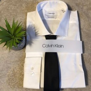 New With Tag Calvin Klein Dress Shirt & Tie